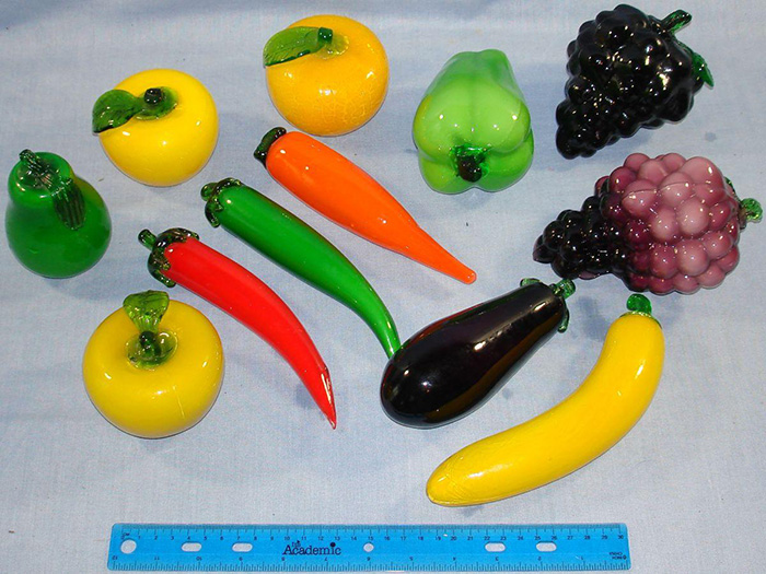 ART_GLASS_FRUIT_APPLES_GRAPES_PEARS_VEGETABLES_CARROTS_EGGPLANT_PEPPERS
