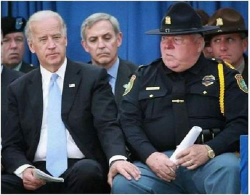 biden-hand-on-cops-leg